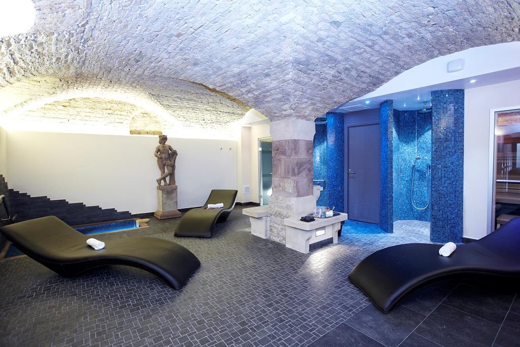 Accueil h tel spa le bouclier d 39 or strasbourg for Hotel strasbourg piscine
